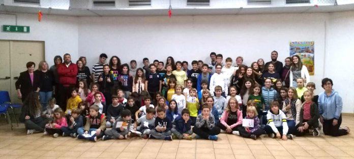 i partecipanti alla festa del Ciao