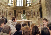 Visita guidata nei monumenti nell'ambito del progetto Ravenna per mano