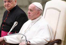 Il Papa all'udienza in sala Nervia