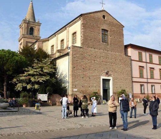 La piazza e la Concattredrale di Cervia