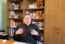 Un fotogramma del video-messaggio ai giovani dell'Arcivescovo Lorenzo